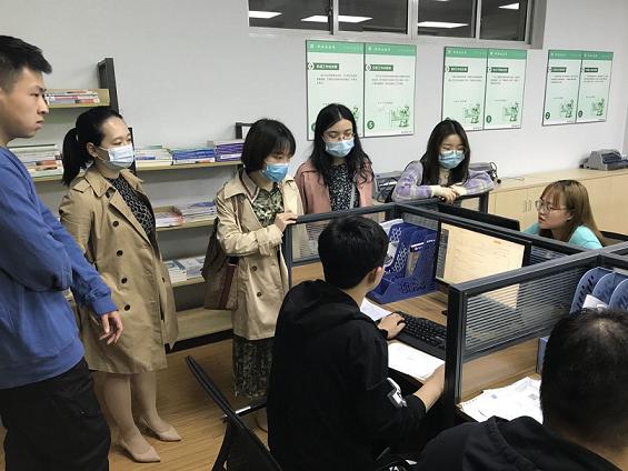 热烈欢迎江西工业工程职业技术学院老师莅临我司考察调研